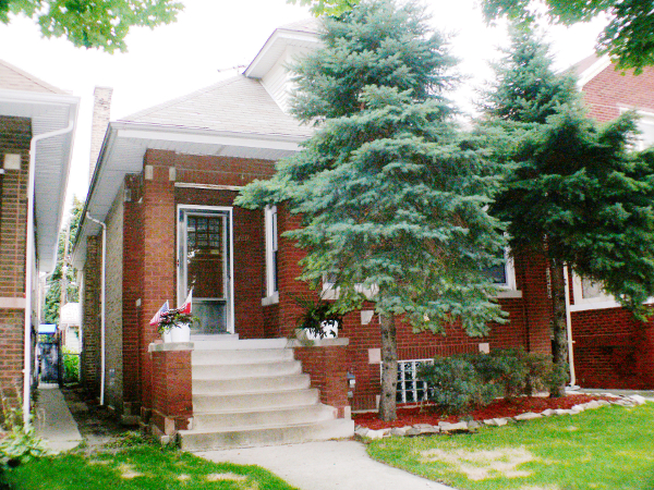 Chicago homes for sale 4140 w oakdale ave chicago city for Houses for sell in chicago